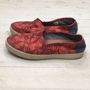 Toms Hawaiian print canvas rubber sole loafers 6.5